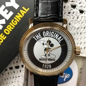 Men's Gold Vintage Mickey Alloy Watch